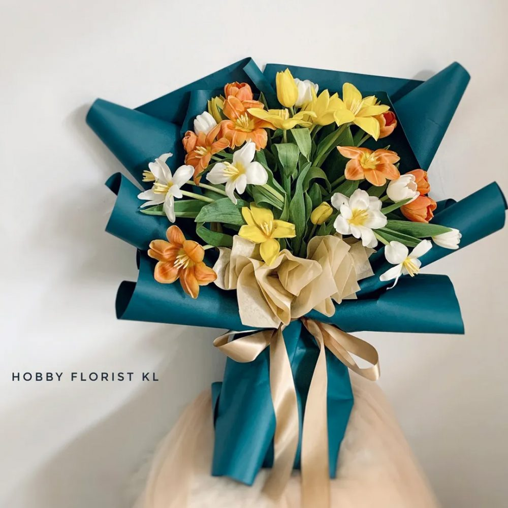 Gorgeous Tulips Bouquet Malaysia Best Tulips Flower Bouquet Delivery Klang Valley Most Affordable Bouquet Kuala Lumpur Sweet Anniversary Bouquet Birthday Gift Flowers Best Online Florist Malaysia