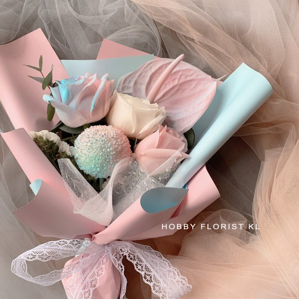 Tinker Bell Pastel Rose Bouquet, Perfect Gift for Birthdays and Anniversaries Malaysia