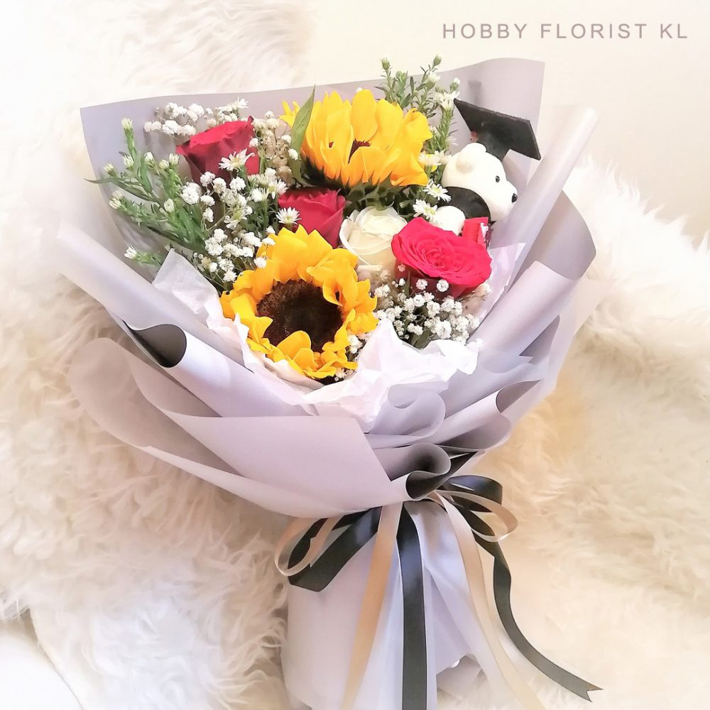 Elegant Sunflower Rose Baby Breath Bouquet Malaysia Best Online Florist Kuala Lumpur Best Affordable Bouquet Delivery Klang Valley Sweet Gift Bouquet Graduation Gift Flowers KL
