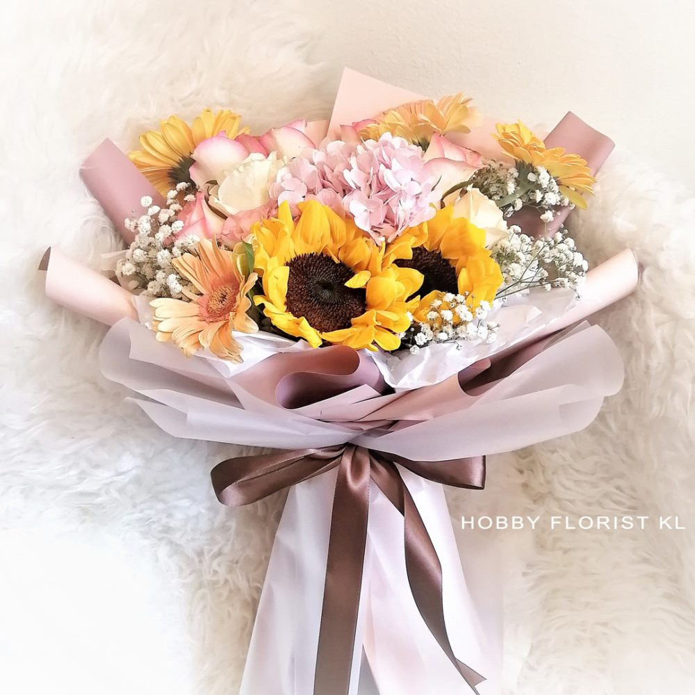 Hydrangea Rose Sunflower Bouquet for Anniversary and Graduation Gift Malaysia