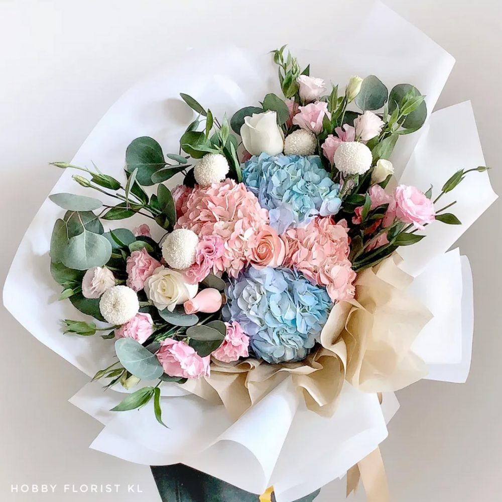 Premium Hydrangea Rose Bouquet Malaysia Best Online Florist Kuala Lumpur Affordable Bouquet Delivery Klang Valley Premium Roses Perfect Gift for Anniversary and Birthdays KL