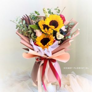 Sunflower and Rose Bouquet for Graduation Malaysia