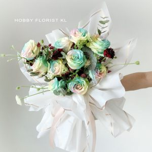 Pearl Rose Bouquet for Valentine's Day 2021