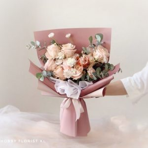 Alice Rose Bouquet for Anniversary Bouquet & Birthday Bouquet Malaysia