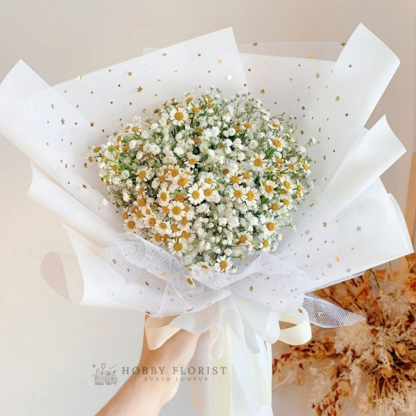 Starry Chamomile Bouquet