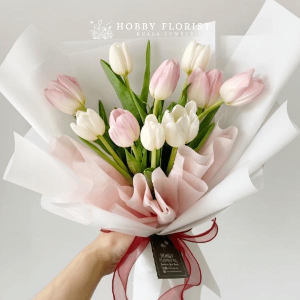 Lisa Tulip Bouquet