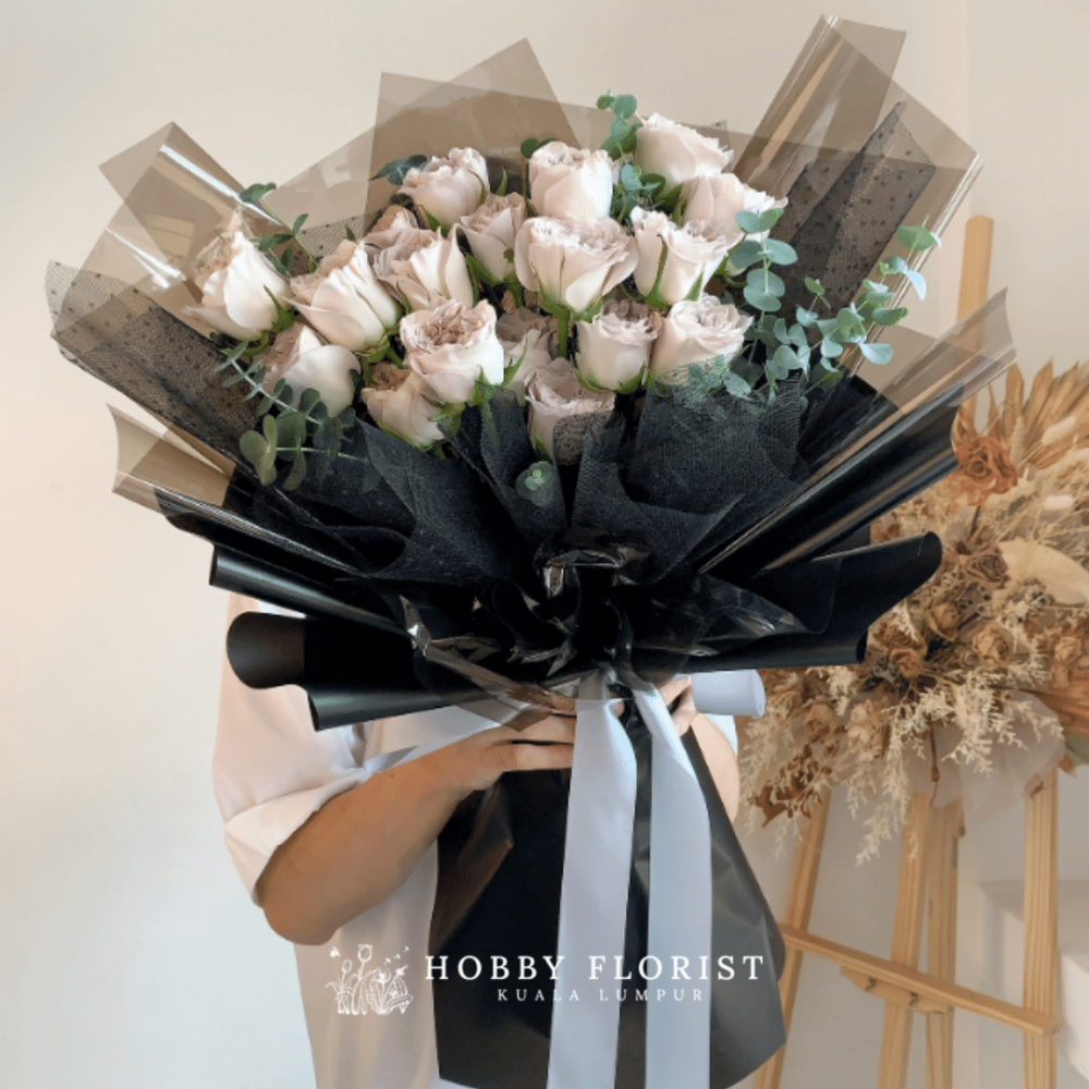 Westminster Abbey Rose Bouquet